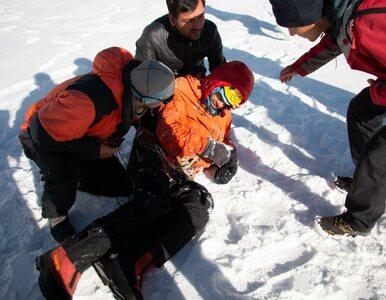 Rosyjski himalaista ewakuowany z góry Latok. Pokazano zdjęcia z akcji...