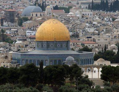 Izrael: samochód obrzucano kamieniami, dwulatka w szpitalu