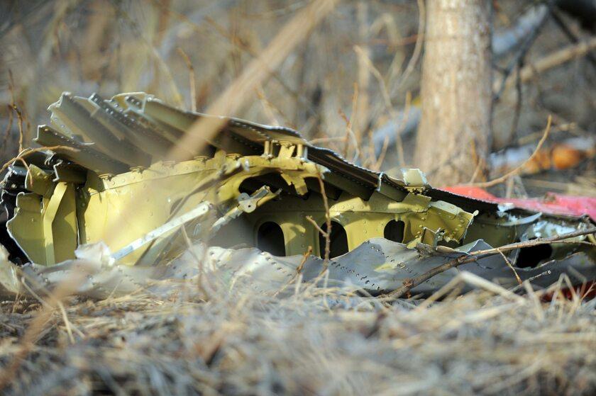 Wrak Tu-154 dzień po katastrofie