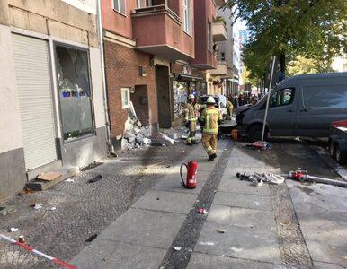 Berlin. Mężczyzna wjechał samochodem w budynek kawiarni. Są ranni