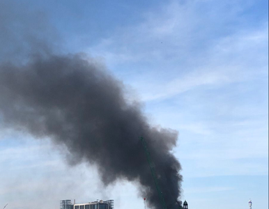 Płonie hotel w Londynie. Pożar gasi blisko 100 strażaków