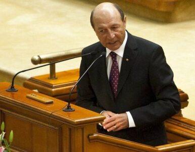 """Rumuni chcą odebrać władzę prezydentowi. """"Poważnie naruszył konstytucję"""""""