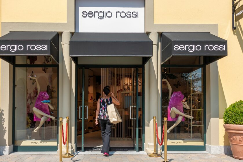 Butik marki Sergio Rossi, zdjęcie ilustracyjne