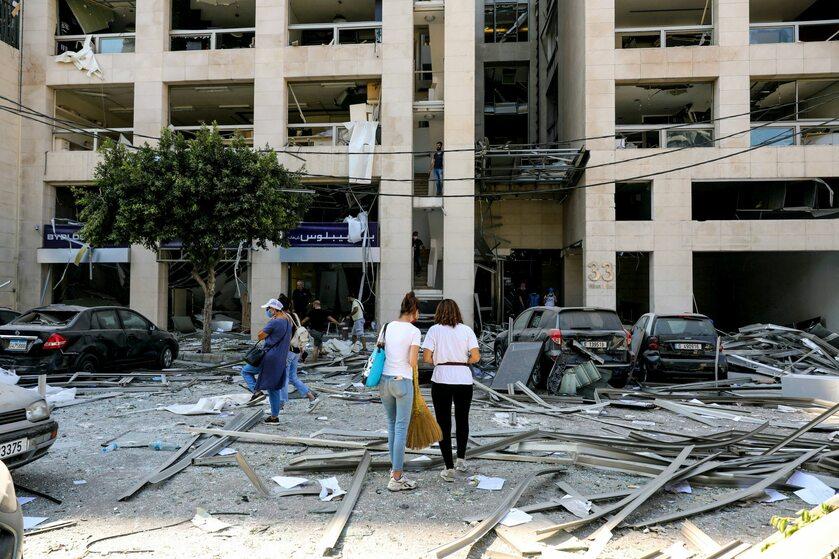 Zniszczenia, do jakich doszło w Bejrucie