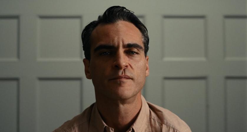 """Joaquin Phoenix w filmie """"Mistrz"""""""