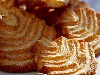 Ile kalorii ma ciasto francuskie?