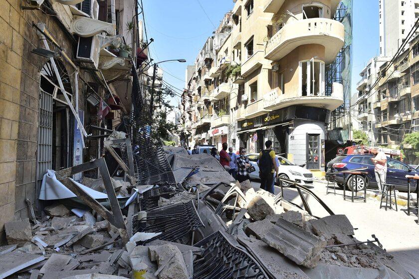 Bejrut. Zniszczenia po eksplozji