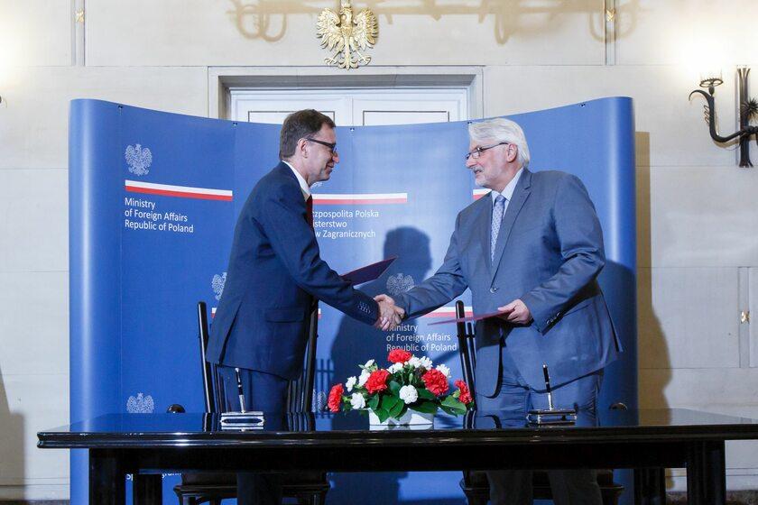 Prezes IPN Jarosław Szarek i szef MSZ Witold Waszczykowski