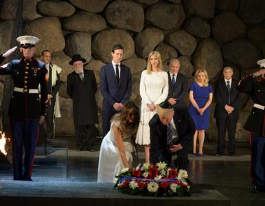Donald Trump wpisał się do księgi pamiątkowej w Yad Vashem. Internauci...