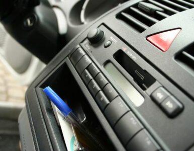 10 milionów osób codziennie słucha radia w samochodzie