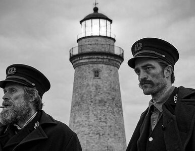 "Robert Pattinson i Willem Dafore w zwiastunie horroru ""The Lighthouse""...."