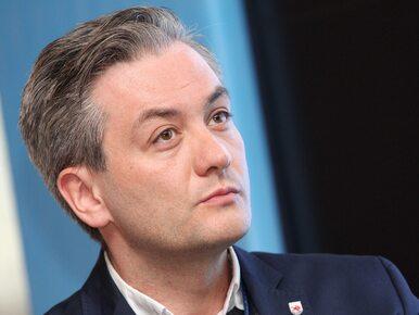 Robert Biedroń złożył życzenia politykom. Krystyna Pawłowicz dostała...