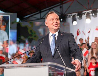"""Andrzej Duda chce zmiany konstytucji. """"Zaproponuję zakaz adopcji dzieci..."""