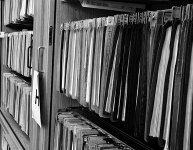 Prokuratura publikuje zeznania ekspertów Macierewicza