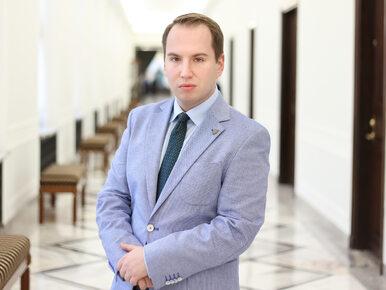 """Poseł PiS stawia ultimatum Andruszkiewiczowi. """"Daję mu 100 dni. Jeśli..."""