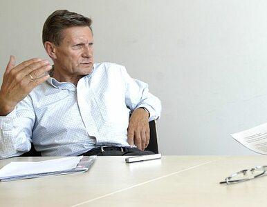 Balcerowicz o emeryturach: PiS bawi się w strusia