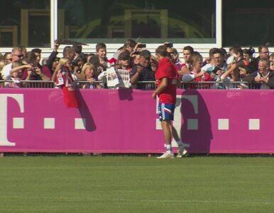 Bayern znowu liderem Bundesligi. Na treningu - tłumy. Zobacz