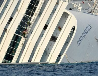 Costa Concordia drgnęła, ratownicy przerywają poszukiwanie ofiar