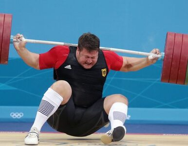 Kontuzja złotego medalisty z Pekinu niegroźna. Jest posiniaczony i obolały