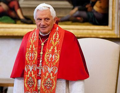 Papież ma wakacje