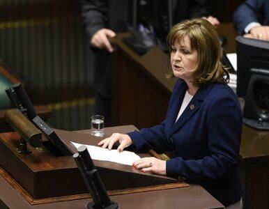 """Posłanka głosowała """"na dwie ręce"""". Prokuratura wnioskuje o uchylenie..."""