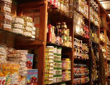 Koniec małych sklepików? Polacy wolą supermarkety