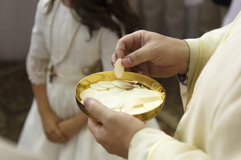 Komunia święta, zdjęcie ilustracyjne