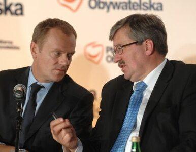 Polacy bardziej ufają Komorowskiemu niż Tuskowi