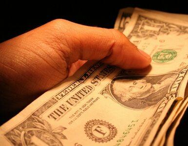 Rosjanie wywożą miliardy dolarów ze swojego kraju