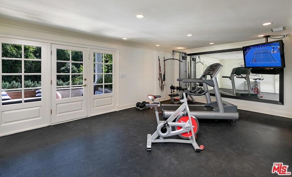 Dom Ashtona Kutchera i Mili Kunis w Beverly Hills
