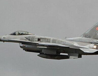 Polscy piloci F-16 ćwiczyli tankowanie w powietrzu