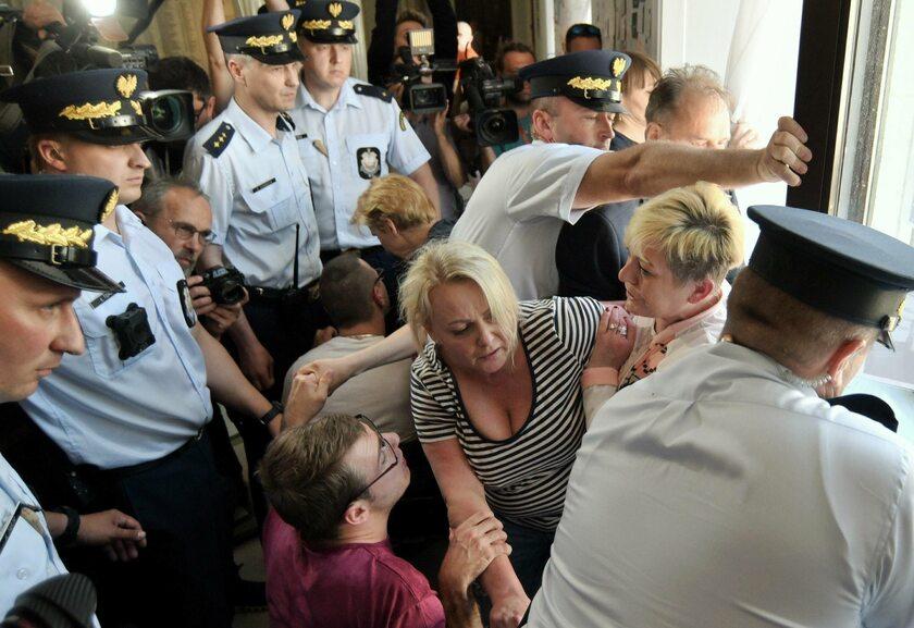 Protest niepełnosprawnych w Sejmie