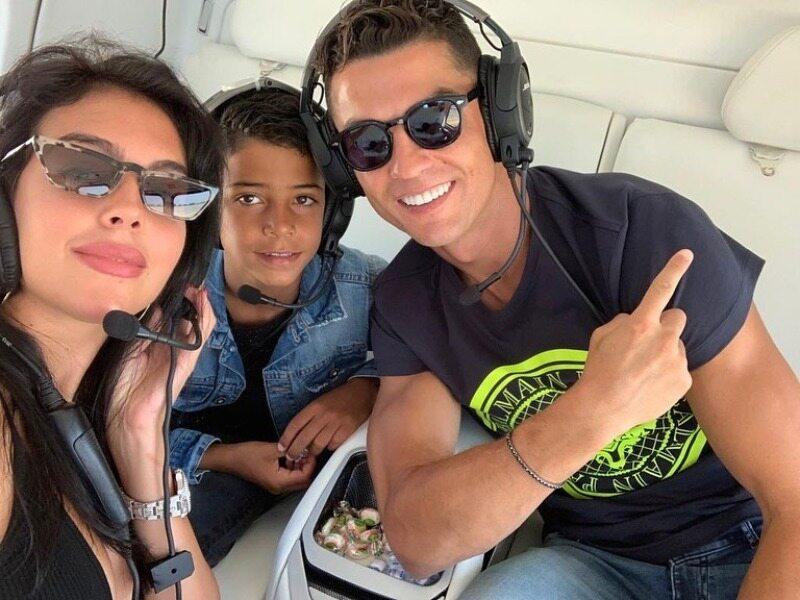 Cristiano Ronaldo z rodziną