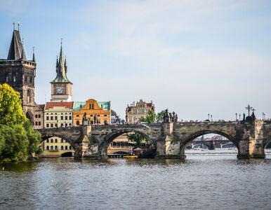 Czechy łagodzą obostrzenia. Epidemiolodzy twierdzą, że to ryzykowne