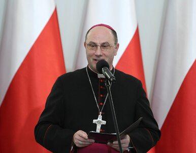 Bp Janiak skrytykował prymasa Polaka. Ten odpowiedział
