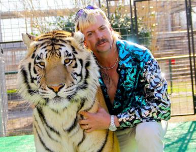 """Netflix pozwany za serial """"Król tygrysów"""". Znany magazyn uderza w..."""